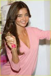 miranda-kerr-heavenly-kiss-012