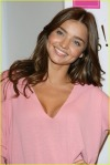 miranda-kerr-heavenly-kiss-07